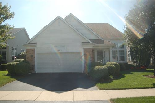 21543 W Larch, Plainfield, IL 60544