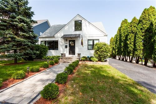 436 Gierz, Downers Grove, IL 60515