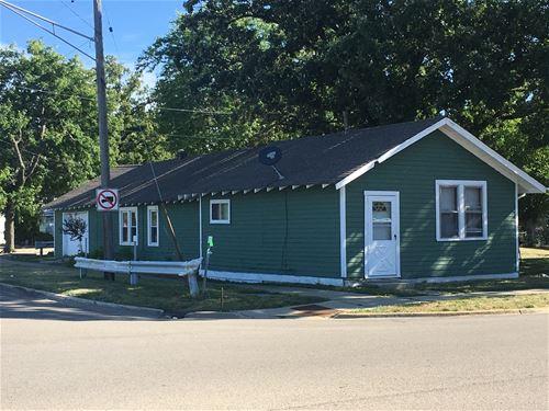 1112 W Glen Flora, Waukegan, IL 60085