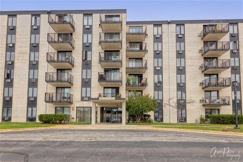 9074 Terrace Unit 2F, Niles, IL 60714
