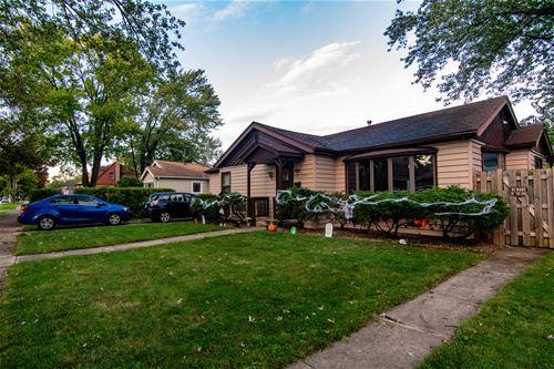10207 S Tripp, Oak Lawn, IL 60453