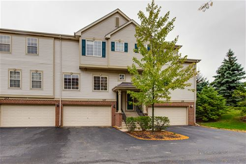 127 Monarch Unit 1A, Streamwood, IL 60107