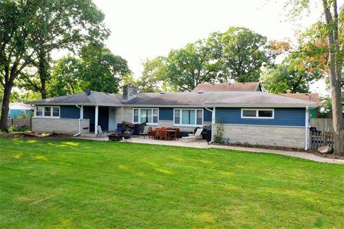 34049 N Hickory, Grayslake, IL 60030