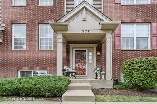 1927 Oxley Unit 1927, Naperville, IL 60563