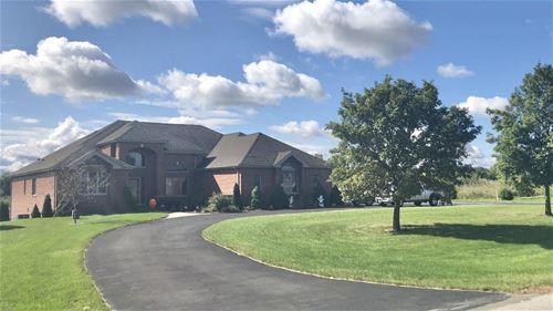 8461 W Blackthorne, Frankfort, IL 60423