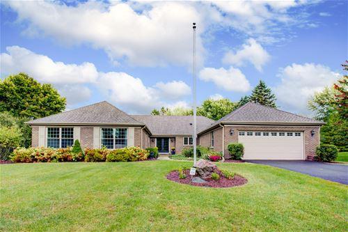 375 Red Barn, Barrington, IL 60010
