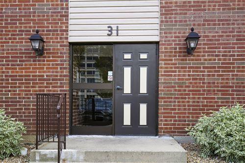31 E Janata Unit 1A, Lombard, IL 60148