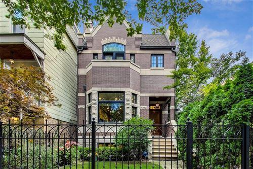3422 N Hoyne, Chicago, IL 60618 Roscoe Village