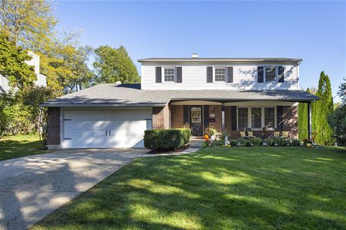 622 Downing, Libertyville, IL 60048