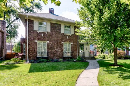 925 Columbian, Oak Park, IL 60302