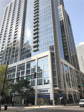 2 W Delaware Unit 2704, Chicago, IL 60610 Near North