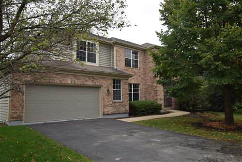 529 Camargo Club, Lake In The Hills, IL 60156