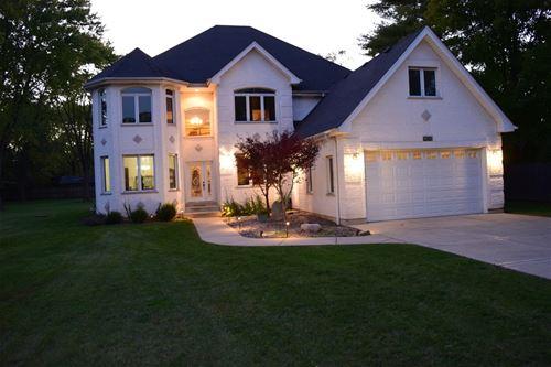 9030 Elm, Burr Ridge, IL 60527