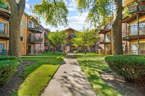1531 W Farwell Unit 2N, Chicago, IL 60626 Rogers Park