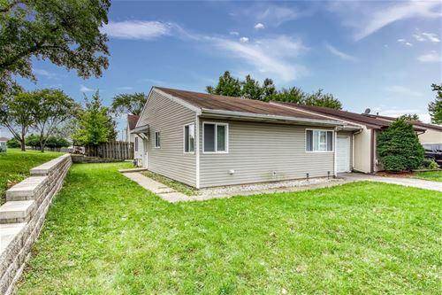 112 Cedarbend, Romeoville, IL 60446