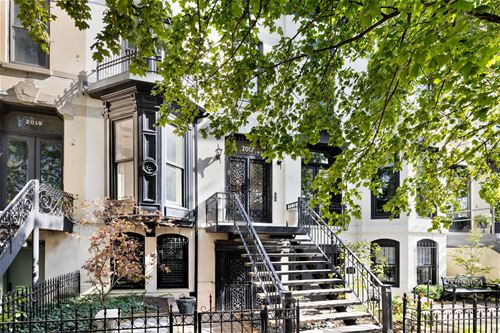 2017 N Sedgwick, Chicago, IL 60614 Lincoln Park