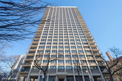 88 W Schiller Unit 1903, Chicago, IL 60610 Gold Coast