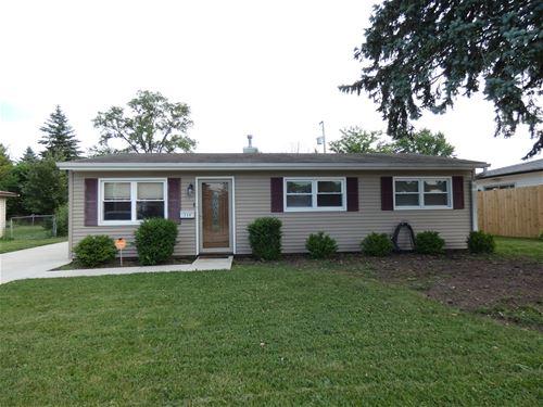 509 W Schaumburg, Streamwood, IL 60107