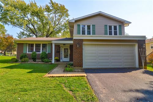 8221 Lindenwood, Woodridge, IL 60517