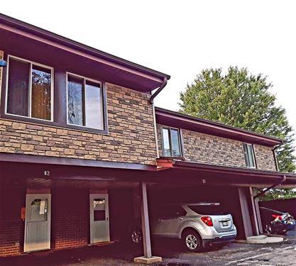 12 Cour Versaille, Palos Hills, IL 60465