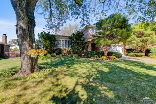 1120 68th, Downers Grove, IL 60516