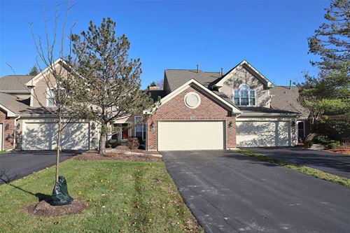 704 Clover Hill, Elk Grove Village, IL 60007