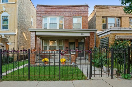 2914 N Rockwell, Chicago, IL 60618 Avondale