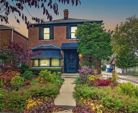 5142 N New England, Chicago, IL 60656