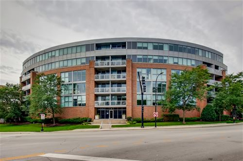 1228 Emerson Unit 501, Evanston, IL 60201