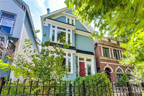 919 W Wolfram, Chicago, IL 60657 Lakeview