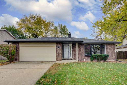 30w231 W Country Lakes, Naperville, IL 60563