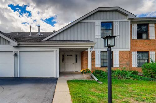 1303 Williamsburg Unit B2, Schaumburg, IL 60193