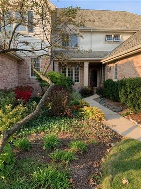 1784 Brush Hill, Glenview, IL 60025