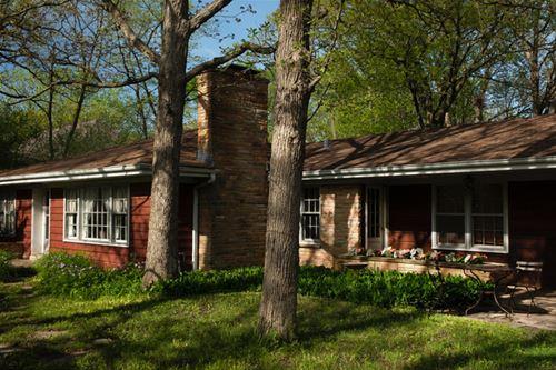 880 Oak Spring, Libertyville, IL 60048