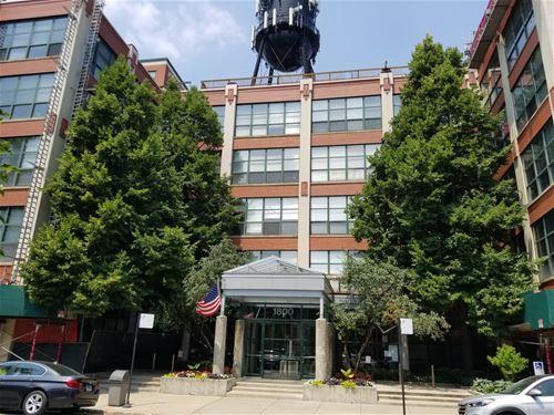 1800 W Roscoe Unit 422, Chicago, IL 60657