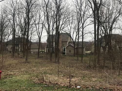 118 Oakwood, St. Charles, IL 60175