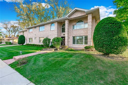 4275 W Jarvis, Lincolnwood, IL 60712