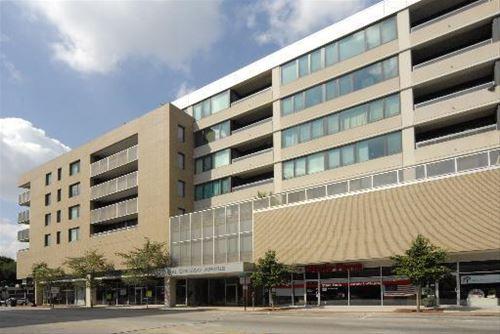 900 Chicago Unit 704, Evanston, IL 60202