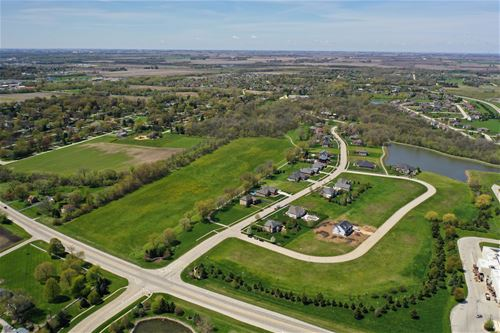 Lot #104 Merry Oaks Subdivision, Sycamore, IL 60178