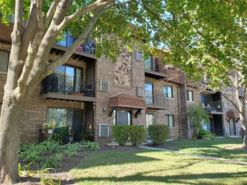 129 W Brandon Unit 24, Palatine, IL 60067