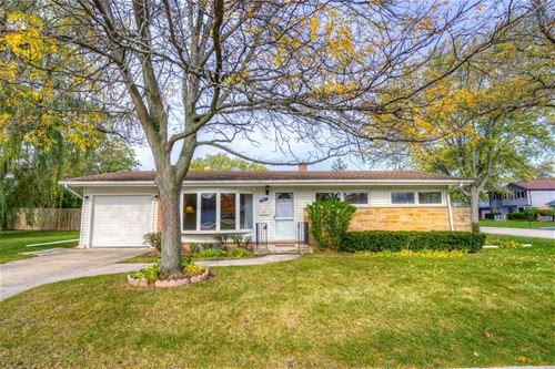 1046 Midway, Northbrook, IL 60062