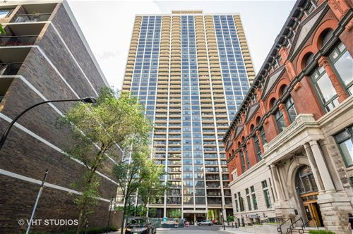 1560 N Sandburg Unit 1506, Chicago, IL 60610 Old Town