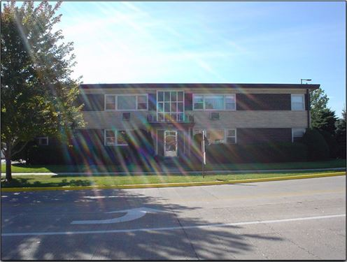 10351 Canterbury Unit 1W, Westchester, IL 60154
