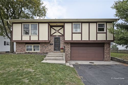 188 Eastview, Crystal Lake, IL 60014