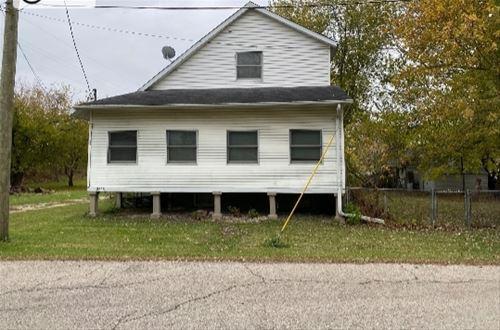 3325 S Riverdale, Mchenry, IL 60051