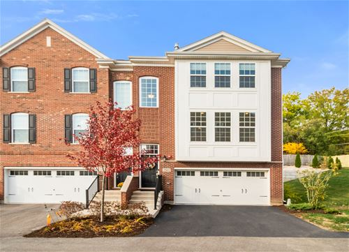 2502 Huntleigh Unit 805, Woodridge, IL 60517