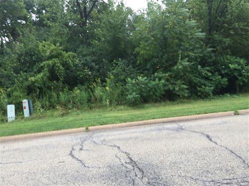 30465 N Woodridge, Libertyville, IL 60048