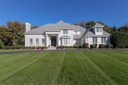 6508 Oakwood Manor, Crystal Lake, IL 60012