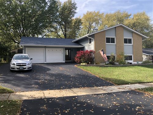 6508 Winston, Woodridge, IL 60517