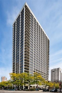 88 W Schiller Unit 904, Chicago, IL 60610 Gold Coast